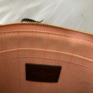 Louis Vuitton Bags - Clutch  Louis Vuitton